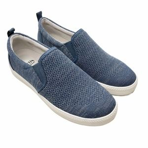 Earth Zen Groove Slip On Sneaker Size 8 Blue